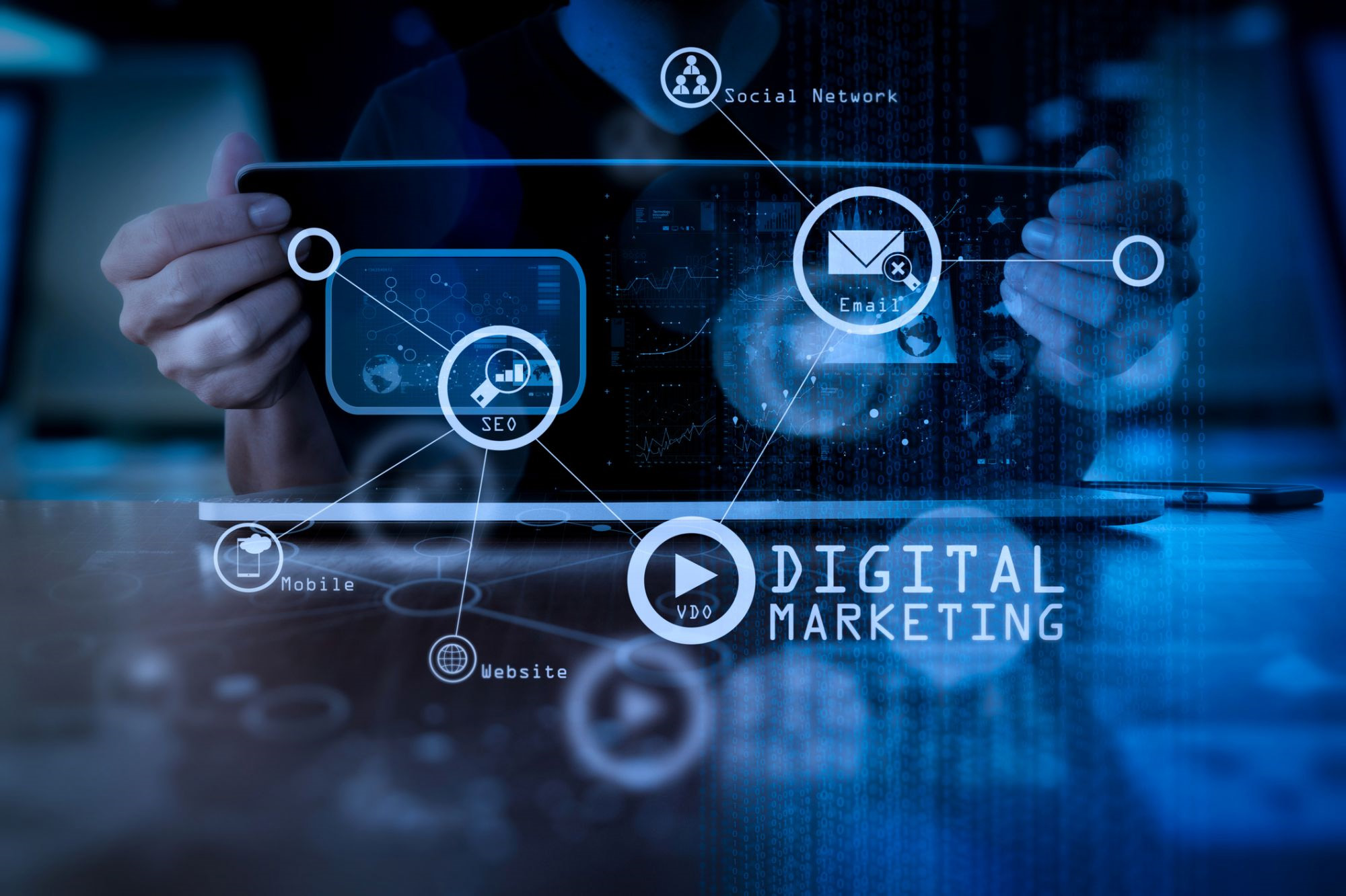 technical screen with gears for digital marketing