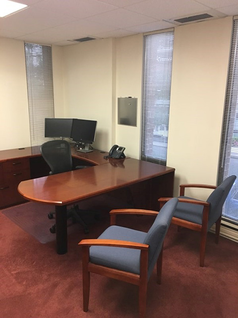 Desk with return and Chairs